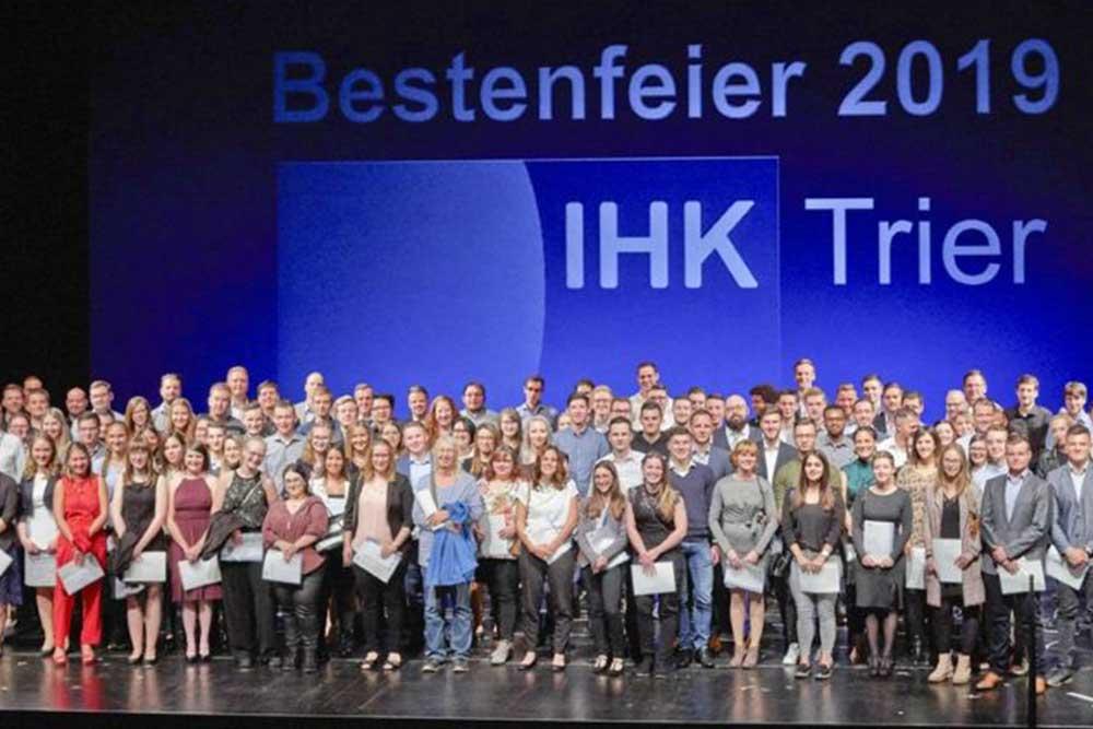 Spedition Gräfen Logistik Nerdlen Daun (Nerdlen) Eifel Rheinland-Pfalz Europa Ausbildung